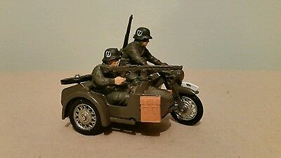 Britains Deetail Ww2 German Army Combination Motorcycle Ref: 9681