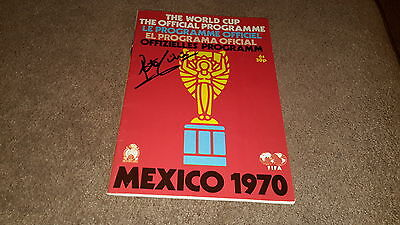 Football programme Mexico 1970 signed by peter Shilton