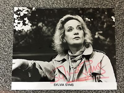 Autograph: Signed Photograph by English Actress Sylvia Syms from 1988