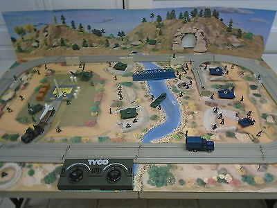 Tyco US 1 G.I. JOE HO Trucking Adventure Set No. 3117 With 8 Action Features