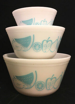 Vintage Mid Century 50s 60s Federal Milk Glass Mixing Nesting Bowls Fruit Onion
