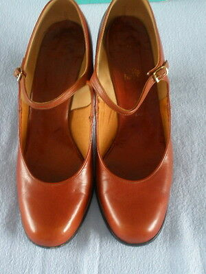 Clarks High Heeled Retro Leather Shoes
