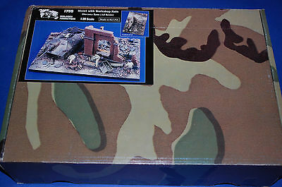 Verlinden Productions 1769 - Street with Workshop Ruin Diorama Base  scala 1/35
