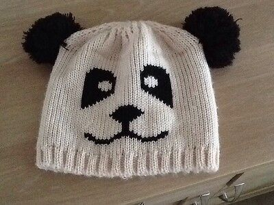 Childrens Wooly Hat. One Size.
