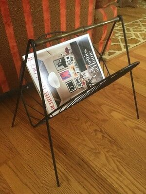 Vintage Mid Century Hollywood Regency Wire Metal Fan Bamboo Magazine Stand Rack