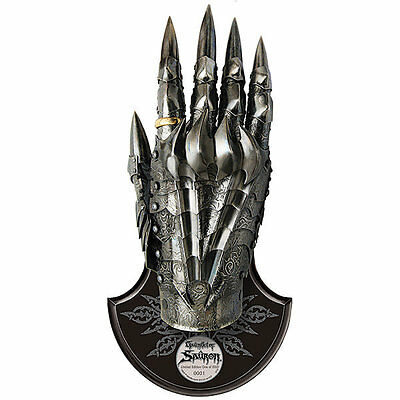 UC3065 Gauntlet of Sauron Brand new and in box! RARE! Lord of the Rings IN STOCK