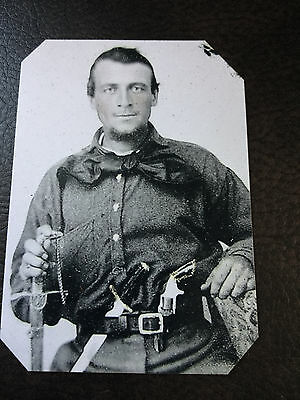 Civil War Military Soldier 1 Pistols 1 Knife Loaded To Go to War TinType C874NP