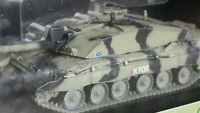Dragon Armor 1:72 British Army Kfor Challenger 2 Main Battle Tank Diecast Model