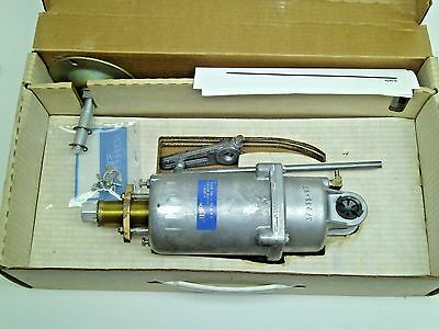 NEW IN BOX Johnson Controls D-3070-1 Damper Actuator 2 Stage 3-6# & 9-12# PSI KB
