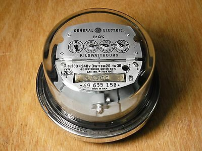 General Electric Kilowatt hour Meter Type I-70-S/2 CL200 240V 3W FM2S, 720X70G2