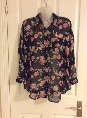 Women's Size 10 Floral New Look Blouse