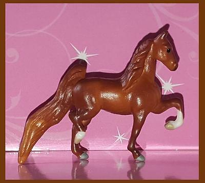 Breyer Chestnut Mini Whinnie HIGHSTEPPING SB MARE of Pony Gals Show set 720211