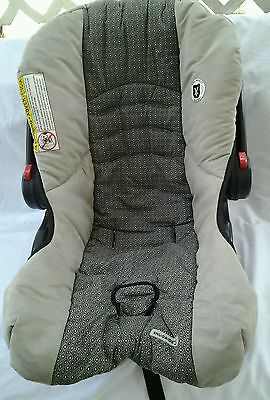 Graco SnugRide 35 Baby Car Seat Replacement Cushion Cover Beige/Gray/Black m