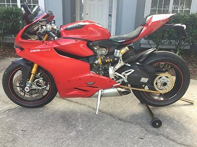 2012 Ducati Superbike  2012 Ducati Panigale 1199s FREE SHIPPING lower 48