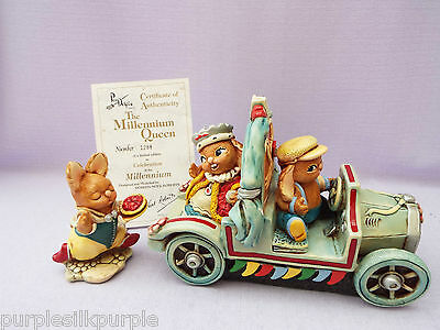 Pendelfin Rabbits Millennium Queen Including Flunky Limted Edition Boxed Set