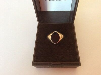Black Onyx Ring In 9ct Gold Size P1/2