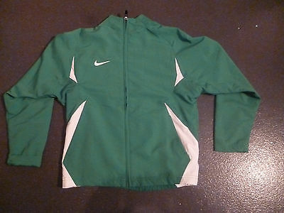 A green and white nike jacket aged 10/12 years old