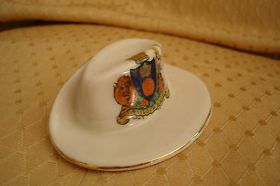 Ww1 Arcadian Crested China Colonial Hat Matlock Bath Crest
