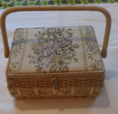 Vintage Sewing Box - Very Good Condition
