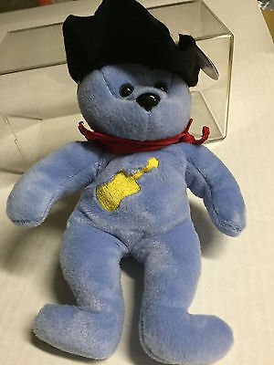 Celebrity Bear #3 representing Garth Brooks, vinyl hat version