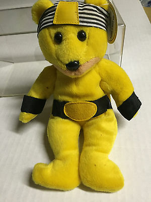 Celebrity Bear #7 representing Hulk Hogan, retired 1999, only 20K made, old tag