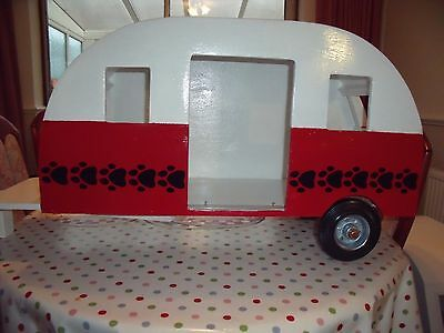 hand made dog kennel in the shape of a caravan Reduced by £100