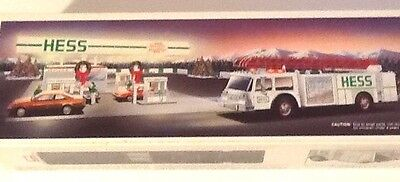 1989 Hess White Fire Truck*Never Opened*Perfect