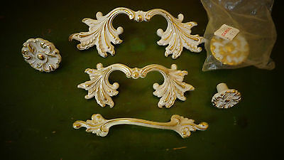 Vtg Lot 6 French Provincial Ornate Drawer Pull Knobs Handles White Gold Jaybee?