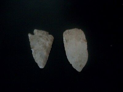 Authentic Native American Indian Arrow Heads (2) Larger Size  (Missouri)