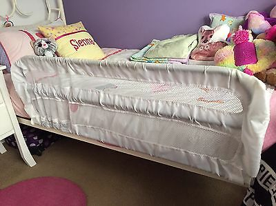 Safety Bed Rail In Excellent Condition