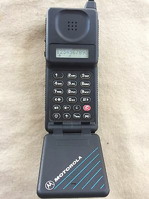 Motorola Micro T•a•c Classic Brick Vintage Cell Phone From 1989 Collectable