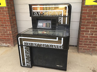 Seeburg Entertainer Jukebox