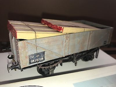'O' Gauge Wagon With Wood Load Built From Parkside Kit