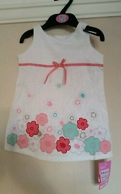 BNWT Marks and Spencers Baby girls top Age 3-6 months