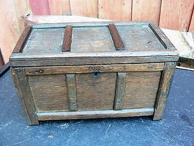 Antique Wooden General Purpose Jewellery / Trinket Box 1908 Oak