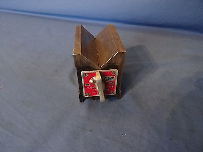 Eclipse magnetic vee  block No 934