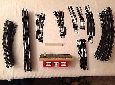 Bundle of Hornby Triang OO gauge rail track and station building