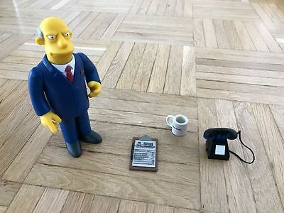 Die Simpsons: Playmates Toys Actionfiguren Serie 8, Superintendent Chalmers