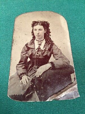 Vintage Tin Type Photo of a Young Woman