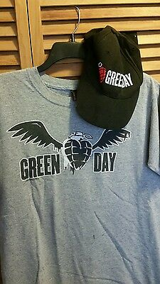 Green Day t-shirt and cap