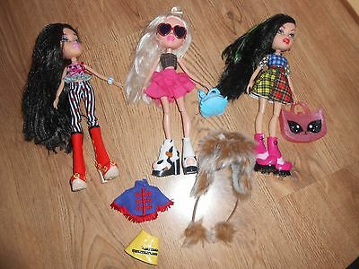 3 x bratz dolls including accessories