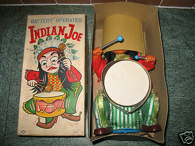 working INDIAN JOE vintage 1950 Alps Battery Operated BOX & INSERT JAPAN tin toy