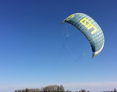 Gin Eskimo 9m 2016 Snow / land kite with bar and bag like Ozone Frenzy