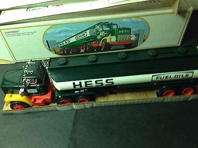 Hess 1984 Toy Truck Bank with original box