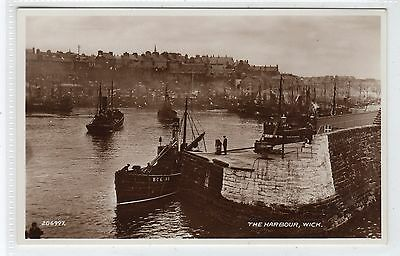 THE HARBOUR, WICK: Caithness postcard (C22325)