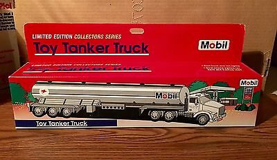 Mobil 1993 Limited Edition Collector Series Toy Tanker Truck Nos