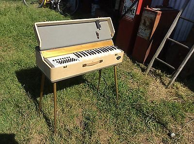 Vintage Lincoln Chord Master Piano Travel Organ Funky Retro Style & Sound