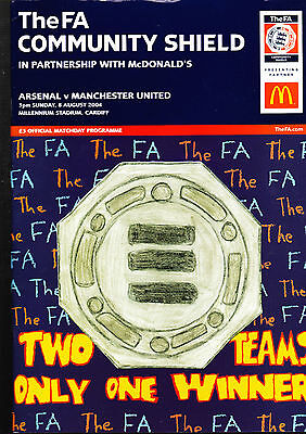 Arsenal Vs. Manchester United Programme FA Community Shield August 2004 + TICKET