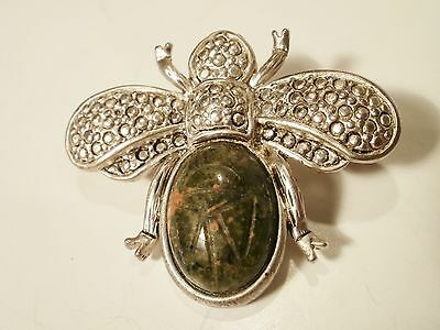 Vintage Silver Tone Bee Brooch With Marcasite Details And Green/Burgundy Stone
