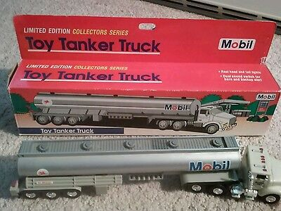 1993 Limited Edition Mobil Toy Tanker Truck